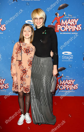 Susann Atwell mit Tochter