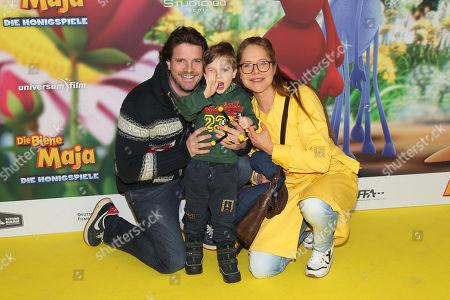 Doreen Dietel mit Ehemann Tobias Guttenberg and Sohn Marlow,
