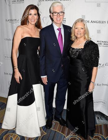 Kirsten Sarkisian, Gray Davis, Sharon Davis