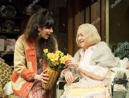 Caroline Catz as Susan,  Sandra Voe as Ida,