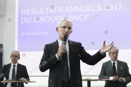Guillaume Pepy, CEO SNCF Group (C), Patrick Jeantet (L) Deputy Chairman of the Management Board, Frederic Saint-Geours Chairman of the Supervisory Board