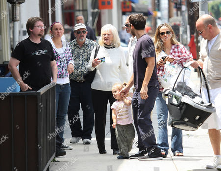 Editorial image of Tobey Maguire and family have Father's Day lunch in Beverly Hills, Los Angeles, Britain - 21 Jun 2009