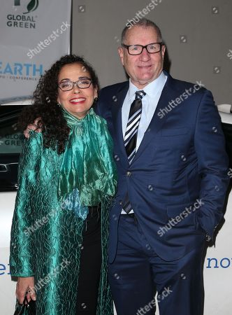 Stock Picture of Catherine Rusoff, Ed O'Neill