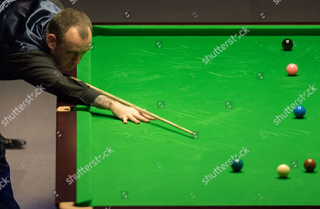 Mark Williams of Wales during his third round match against Martin Gould of England