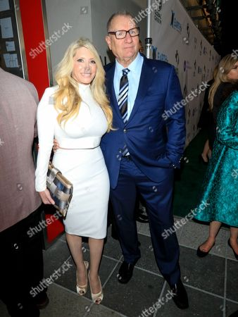 Ed O'Neill and Michelle Harris