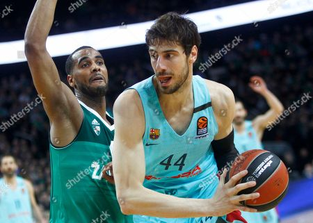 Brandon Davis (L) of Zalgiris Kaunas and Ante Tomic of Barcelona Lassa in action during Euroleague basketball match between Zalgiris Kaunas and Barcelona Lassa in Kaunas, Lithuania, 01 March 2018.