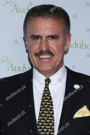 Ron Magill, American wildlife expert and photographer