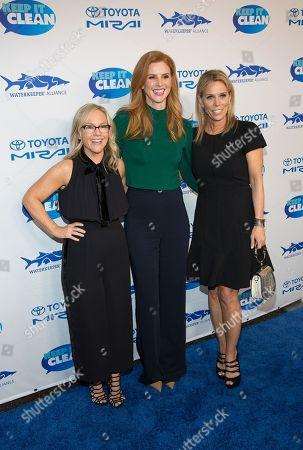 Stock Image of Sarah Rafferty, Rachael Harris, and Cheryl Hines