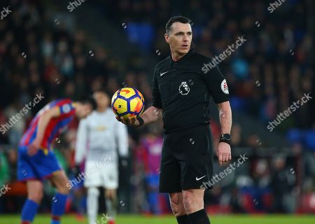 Referee Neil Swarbrick during the Premier League match between Crystal Palace and Manchester United at Selhurst Park in London. 05 Mar 2018