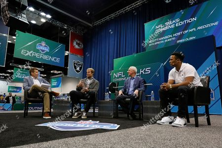 Scott Hanson, Greg Olsen, John Fox, Deshone Kizer. From left to right, host Scott Hanson, Carolina Panthers tight end Greg Olsen, former head coach John Fox and Cleveland Browns quarterback Deshone Kizer talk during the NFL Talks Combine Edition live on Sirius XM NFL Radio at the NFL football scouting combine, in Indianapolis