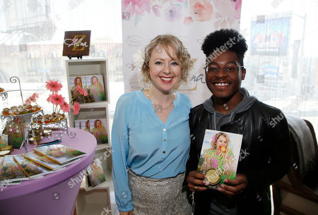 Alina Z, Kamil McFadden. Kamil McFadden, right, poses with Chef Alina Z at Day 1 of the Kari Feinstein Style Lounge at the Andaz Hotel on in West Hollywood, Calif