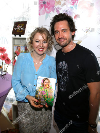 Alina Z, Will Kemp. Will Kemp, right, poses with Chef Alina Z at Day 1 of the Kari Feinstein Style Lounge at the Andaz Hotel on in West Hollywood, Calif
