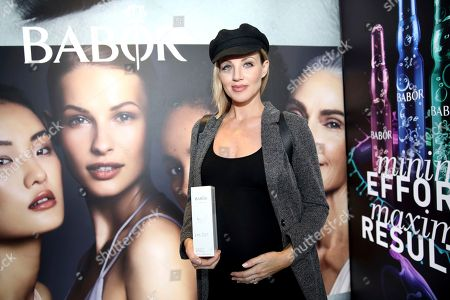 Brianne Davis attends Day 1 of the Kari Feinstein Style Lounge at the Andaz Hotel on in West Hollywood, Calif