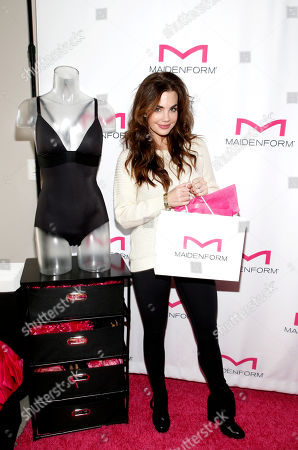 Jillian Murray attends Day 1 of the Kari Feinstein Style Lounge at Andaz Hotel, in West Hollywood, Calf