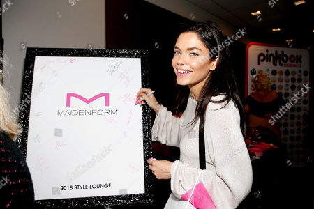 Aarika Wolf attends Day 1 of the Kari Feinstein Style Lounge at Andaz Hotel, in West Hollywood, Calf
