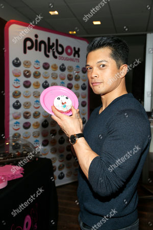 Vincent Rodriguez III attends Day 1 of the Kari Feinstein Style Lounge at Andaz Hotel, in West Hollywood, Calf
