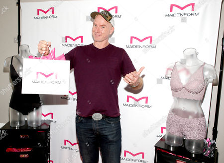 Hugo Armstrong attends Day 1 of the Kari Feinstein Style Lounge at Andaz Hotel, in West Hollywood, Calf