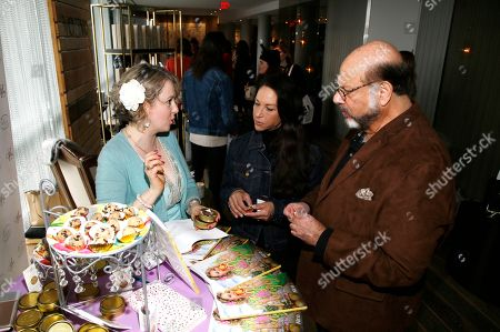 Alina Z, Leslee Spieler, Fred Melamed. Chef Alina Z, from left, speaks with Leslee Spieler and Fred Melamed at Day 2 of the Kari Feinstein Style Lounge at the Andaz Hotel on in West Hollywood, Calif