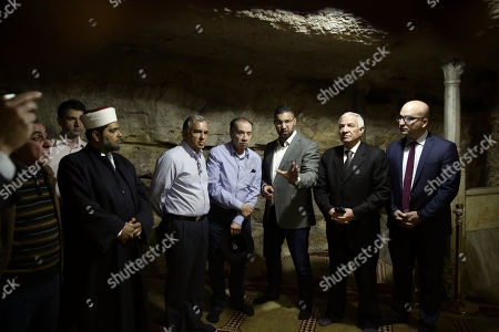 Brazilian Foreign Minister Aloysio Nunes Ferreira, center, listens during a visit to the Al Aqsa Mosque compound in Jerusalem's old city