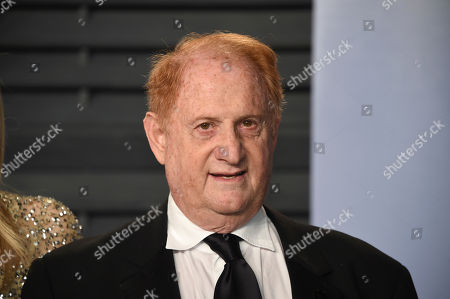 Mike Medavoy arrives at the Vanity Fair Oscar Party, in Beverly Hills, Calif