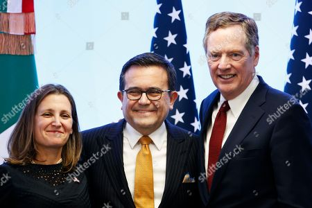 Chrystia Freeland, Ildefonso Guajardo Villarreal, Robert Lighthizer. Canadian Foreign Affairs Minister Chrystia Freeland, left, Mexico's Secretary of Economy Ildefonso Guajardo Villarreal, center, and U.S. Trade Representative Robert Lighthizer pose for a photo at a press conference regarding the seventh round of NAFTA renegotiations in Mexico City