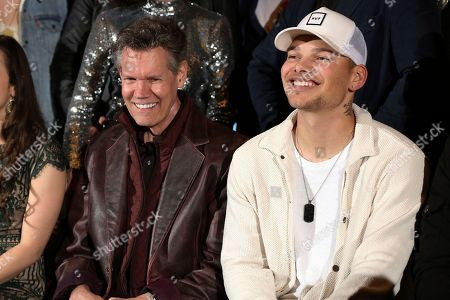 """Randy Traivs, Kane Brown. From left, artists Randy Travis and Kane Brown smile for a photo at the """"American Currents: The Music of 2017"""" exhibit opening at the Country Music Hall of Fame and Museum, in Nashville, Tenn"""