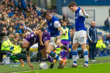 Sheffield Wednesday Midfielder Daniel Pudil battles with Bolton Wanderers midfielder Karl Henry (24) during the EFL Sky Bet Championship match between Sheffield Wednesday and Bolton Wanderers at Hillsborough, Sheffield. Picture by Craig Zadoroznyj