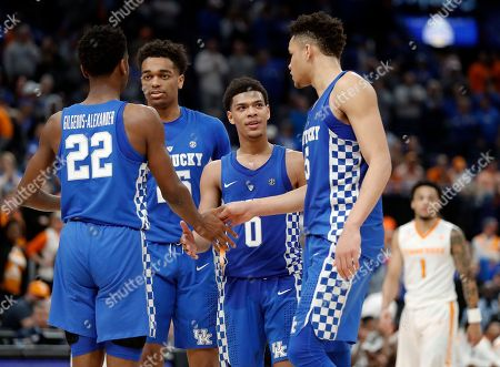Shai Gilgeous-Alexander, PJ Washington, Quade Green, Kevin Knox. Kentucky's Shai Gilgeous-Alexander (22), PJ Washington (25), Quade Green (0) and Kevin Knox (5) celebrate in the final seconds of their win over Tennessee in an NCAA college basketball championship game at the Southeastern Conference tournament, in St. Louis