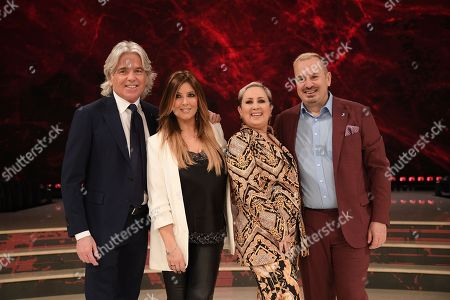 The jury: Ivan Zazzaroni, Selvaggia Lucarelli, Carolyn Smith, Fabio Canino