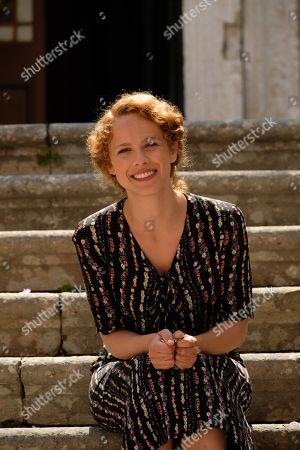 Elli Tringou as Daphne Likourgou.