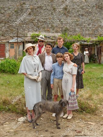 Josh O'Connor as Larry Durrell, Callum Woodlouse as Leslie Durrell, Elli Tringou as Daphne Likourgou, Keeley Hawes as Louisa Durrell, Alexis Georgoulis as Spiro Hakaiopulos, Milo Parker as Gerry Durrell, Daisy Waterstone as Margo Durrel and Roger the Dog.