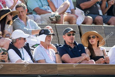 Oracle CEO Larry Ellison watches Roger Federer (SUI) defeat Federico Delbonis (ARG) 6-3, 7-6 (6) at the BNP Paribas Open played at the Indian Wells Tennis Garden in Indian Wells, California. ©Mal Taam/TennisClix/CSM