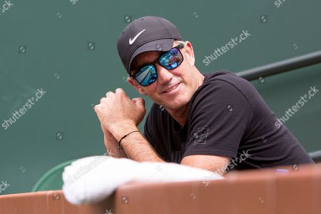Stock Picture of Coach Darren Cahill watches Simona Halep (ROU) defeat Qiang Wang (CHN) 7-5, 6-1 at the BNP Paribas Open played at the Indian Wells Tennis Garden in Indian Wells, California. ©Mal Taam/TennisClix/CSM