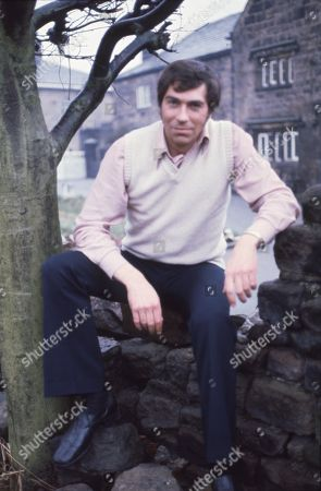 Ep 0309 - 0320 Monday 29th March - Tuesday 11th May 1976  After more than two years, Jack Sugden returns to Emmerdale Farm, but his reasons for doing so are initially unclear. During he's stay he meets Joe's wife, Christine, but it soon becomes clear that they are having problems. Before he leaves he reaches a new understanding with his brother - With Jack Sugden, as played by Andrew Burt.