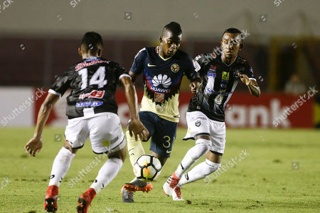 Darwin Quintero, Jorge Gutierrez, Marcos Sanchez. Darwin Quintero, center, of Mexico's Club America control the ball the ball between Jorge Gutierrez, left, and Marcos Sanchez, right, of Panama's Tauro FC and during a CONCACAF Champions League quarterfinal soccer match in Panama City, Wednesday, March, 14, 2018