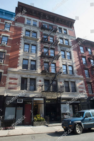 This shows 170 East 2nd St. in the East Village neighborhood of Manhattan, the one time residence of the poet Allen Ginsberg. According to a plaque hanging on the facade Ginsberg lived in the building from August of 1958 to March of 1962