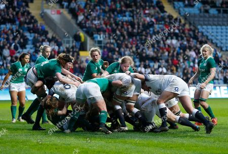 England Womens Amy Cokayne scores a try in a maul