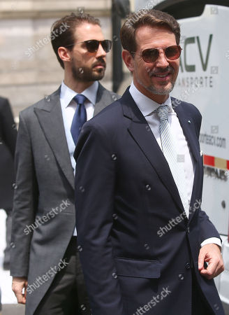 Pavlos, Crown Prince of Greece (R), attends the wedding of Prince Christian of Hanover and Alessandra de Osma at the church of San Pedro in Lima, Peru, 16 March 2018.