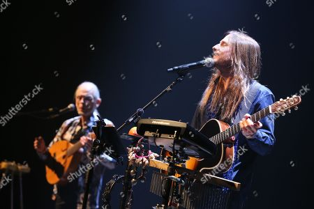 YES - Steve Howe and Jon Davison