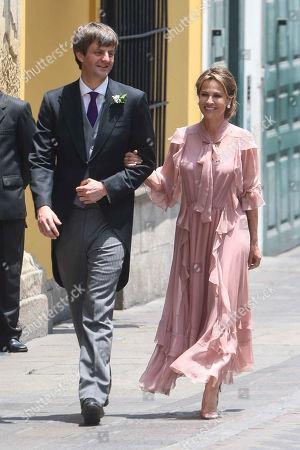 Prince Ernst August of Hanover, Elizabeth Foy Vasquez