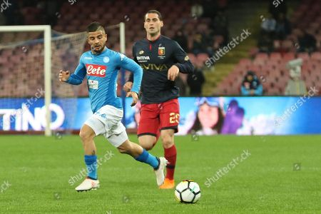 Napoli's forward Lorenzo Insigne (L) and Genoa's defender Aleandro Rosi (R) in action during Italian Serie A soccer match between SSC Napoli and Genoa CFC at the San Paolo stadium in Naples, Italy, 18 March 2018.