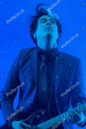 """Troy Van Leeuwen, guitarist of the U.S. rock band """"Queens of the Stone Age"""" performs during the Vive Latino music festival in Mexico City, . The two-day rock festival is one of the most important and longest running of Mexico"""