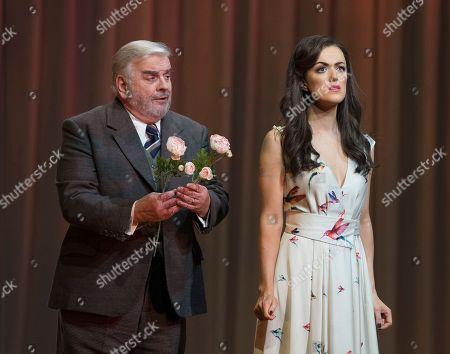 Claudia Boyle as Violetta Valery Alan Opie as Giorgio Germont
