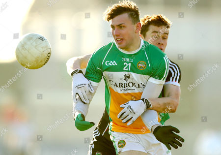 Offaly vs Sligo. Offaly's Jordan Hayes and Gerard O?Kelly Lynch of Sligo