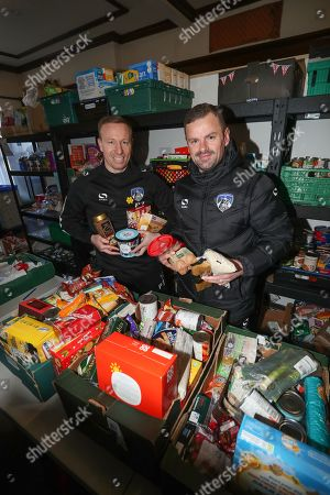 Oldham manager Richie Wellens and Paul Terry during the EFL day of action at the Oldham Foodbank