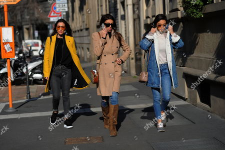 Cristina Buccino and her sisters