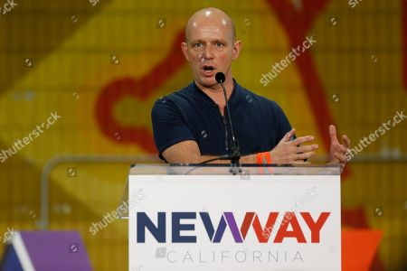 """Steve Hilton, Fox News Channel host of The Next Revolution, delivers his """"Positive Populism and the Future of the GOP"""" talk at the New Way California Summit, a political committee eager to reshape the state GOP, at the Hollenbeck Youth Center in Los Angeles"""