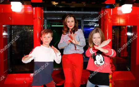 Bettina Cramer mit ihren Zwillingen Carla and Luis