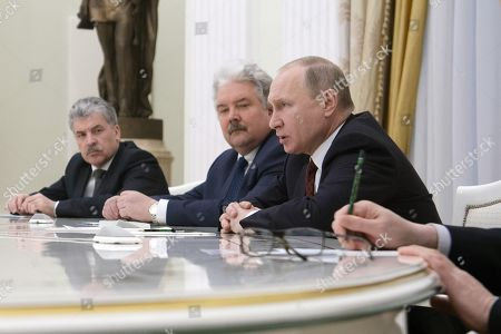 From the Communist Party and the 'People's patriotic forces of Russia', director of the Lenin State Farm Pavel Grudinin, from the party 'Russian People's Union' Sergei Baburin, Russian President Vladimir Putin during the meeting.