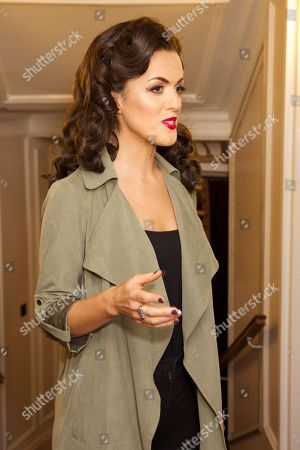 Claudia Boyle - Violeta